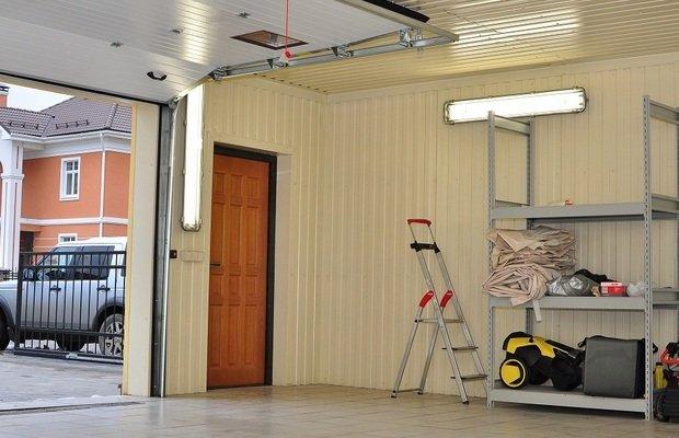 Подбор подходящих для гаража материалов – какие нужны свойства?