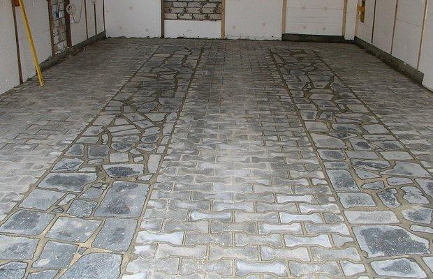 Заливка пола – подойдет ли бетонная стяжка?