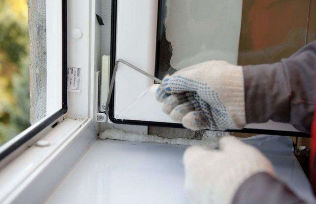 Дует из окна – как разобраться с этой проблемой?