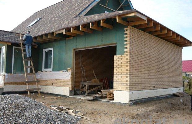Как защитить крышу от пронизывающих ветров?