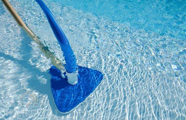 Подключаем и используем пылесос – чаша для купаний засияет!