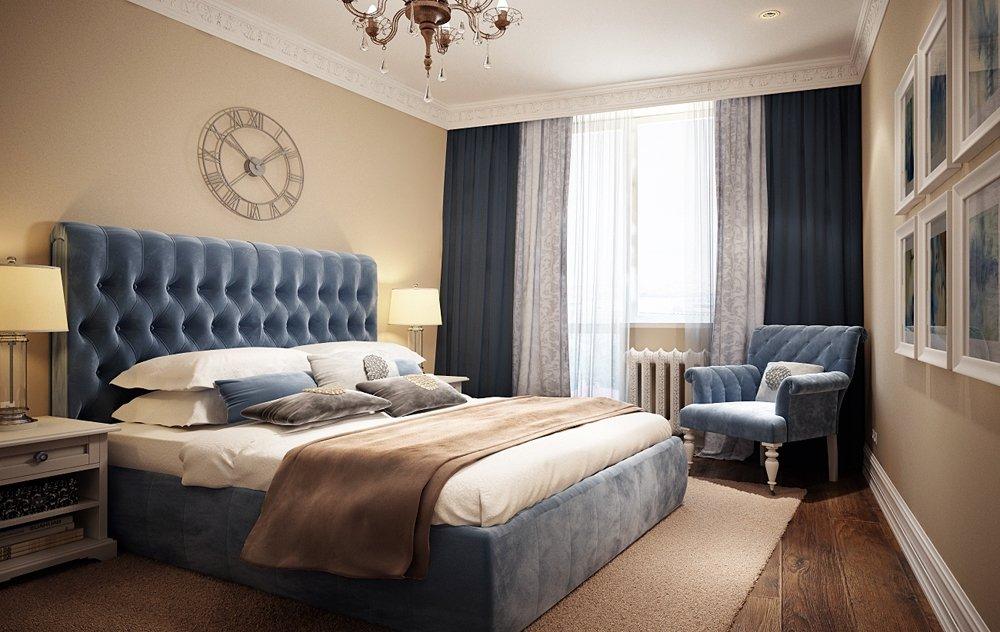 Спальня бежевого цвета со светлым напольным покрытием