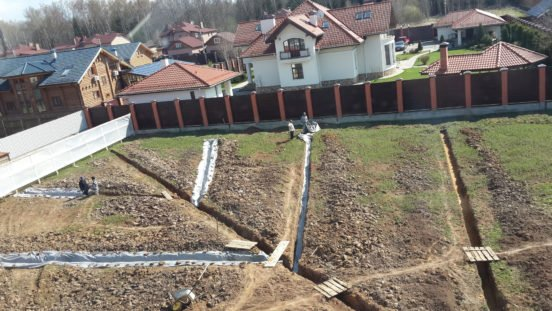 Сооружение глубинного дренажа на загородном участке