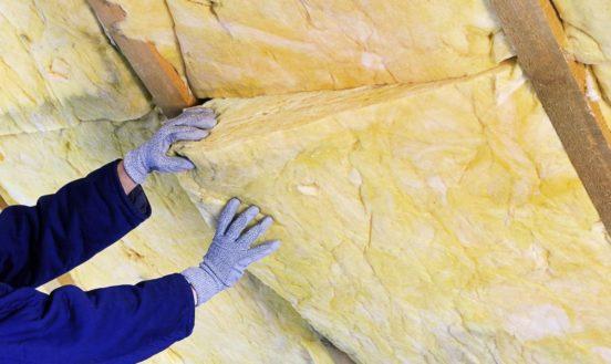 Свойства теплоизоляционного материала и правила его монтажа