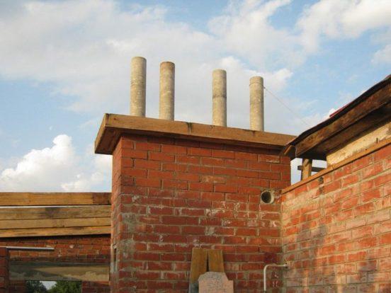 Пример дымохода из асбеста