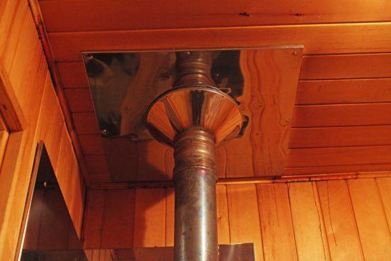 Особенности изготовления дымохода для бани