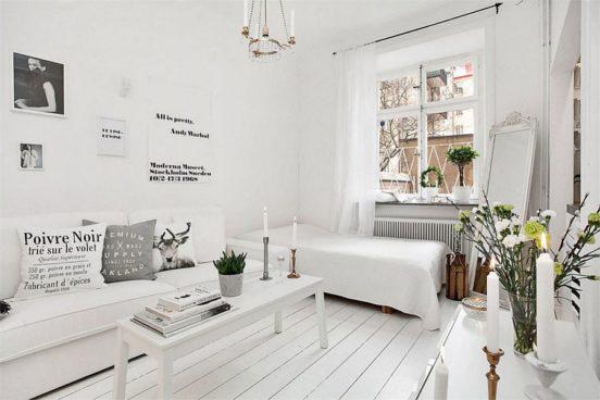Монохромный интерьер маленькой комнаты