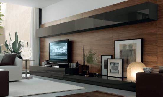 Телевизор на длинной стене