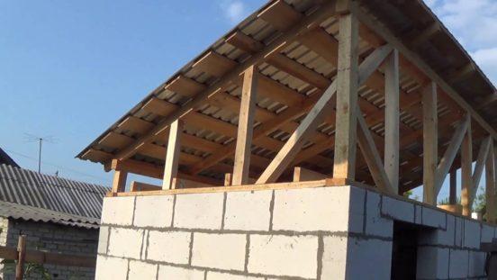 Как можно сделать односкатную крышу