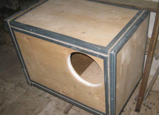 Утеплённый маточник для кроличьей клетки