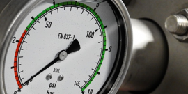 Манометр для измерения низкого давления газовой среды