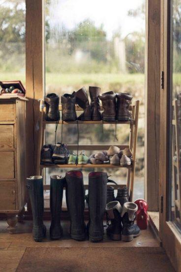 Полка для обуви своими руками из деревянных планок