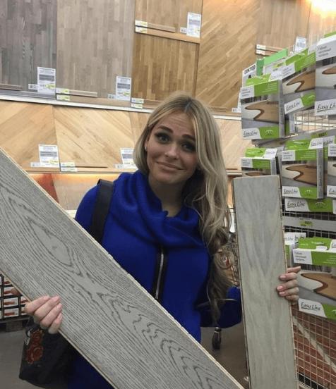 Анна Хилькевич в строительном магазине
