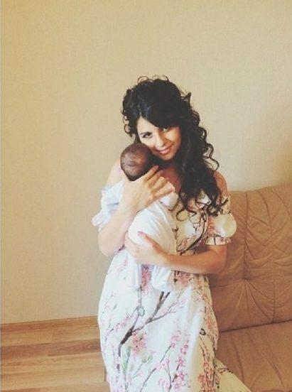 Алиана Гобозова с сыном