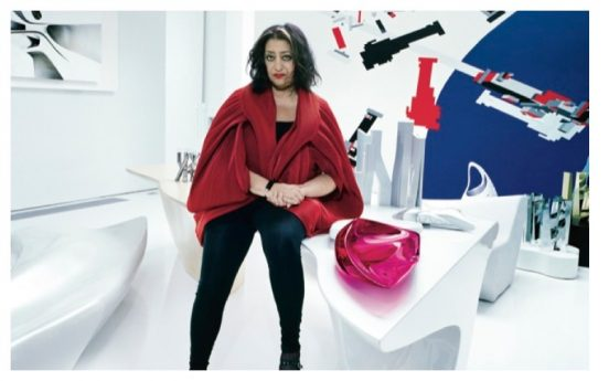 Заха Хадид в необычном интерьере своего дома