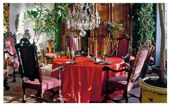 Интерьер комнаты в замке Акселя Вервордта