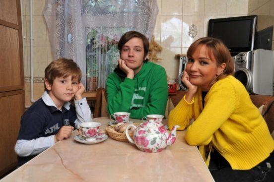 Татьяна Буланова с сыновьями