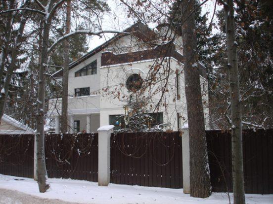 дом макаревича в валентиновке