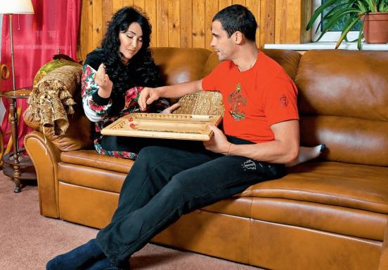 лолита с мужем в квартире