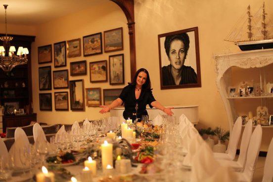 София Ротару приглашает к столу