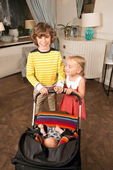Дети Тутты Ларсен дома