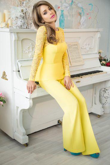 Юлия Барановская и фортепиано