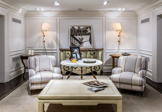 Фото интерьера гостиной в квартире певицы Натали