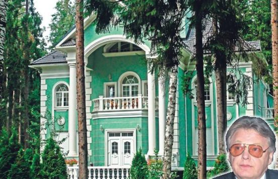 где живет Юрий Антонов