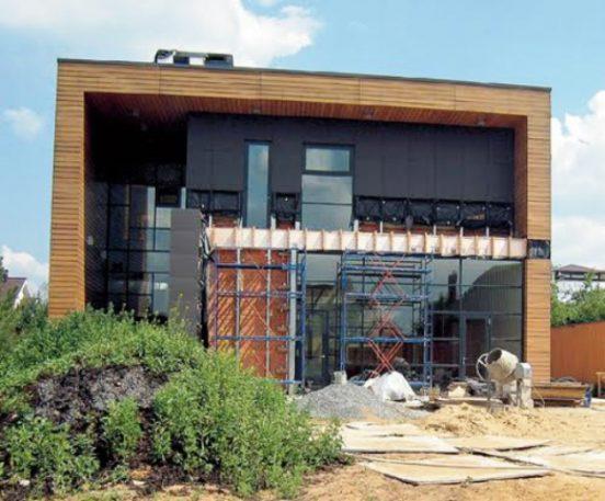 Завершающий этап строительства дома Цекало
