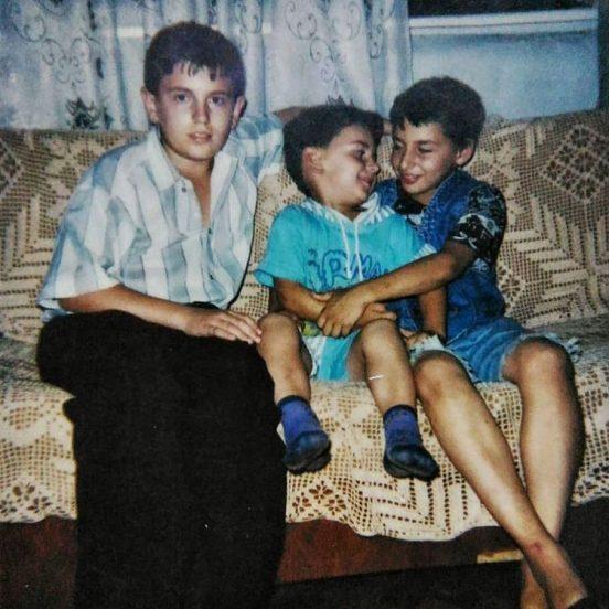 Леван с родными