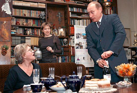 Алиса Фрейндлих, её дочь и Путин