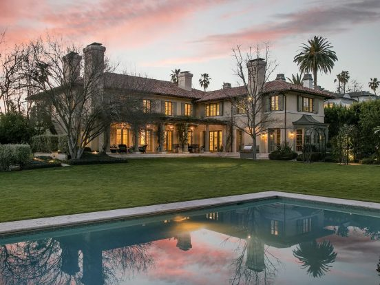 Дом в Голливуде
