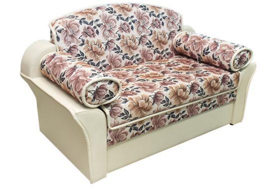 Компактный выкатной диван со спальным местом