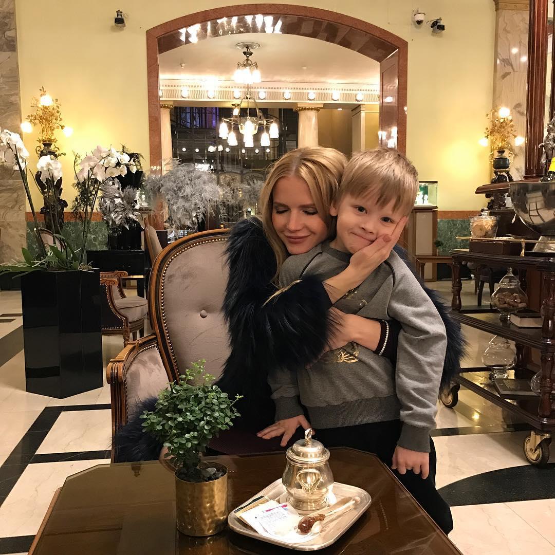 Юлия михальчик семья фото