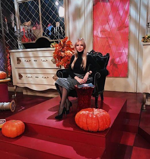 Юлия Михальчик в кресле