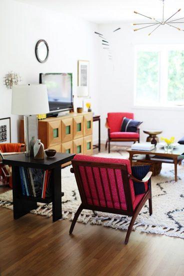 Кресла в советском стиле в современном интерьере