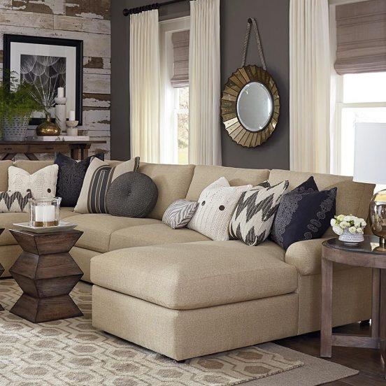 сочетание цветов дивана и подушек