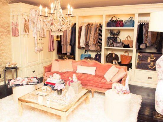 гардеробная комната Рози Хантингтон-Уайтли