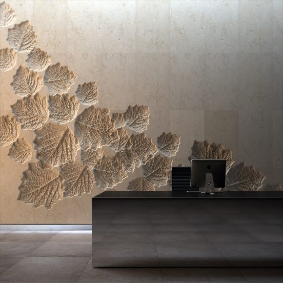 Отделка декоративной штукатуркой неровной бетонной стены