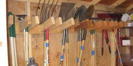 Хранение садового инвентаря в сарае