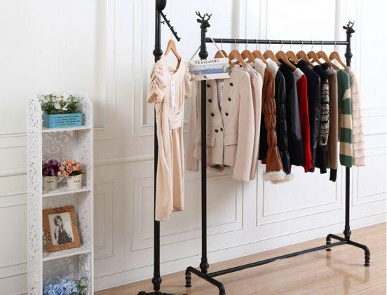 Стойка для хранения одежды