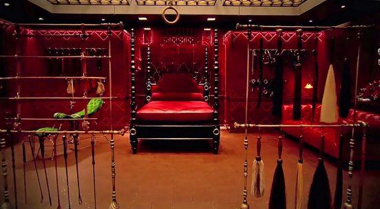 Красная комната из фильма «50 оттенков серого»