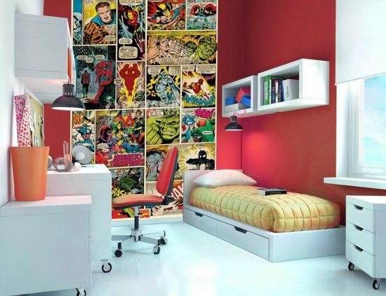 Комиксы на стене детской