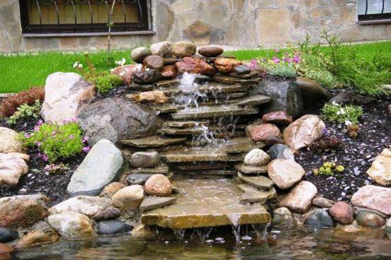 Горка-водопад с прудиком