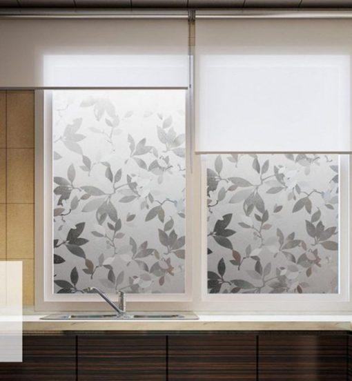 Декор окна декоративной плёнкой