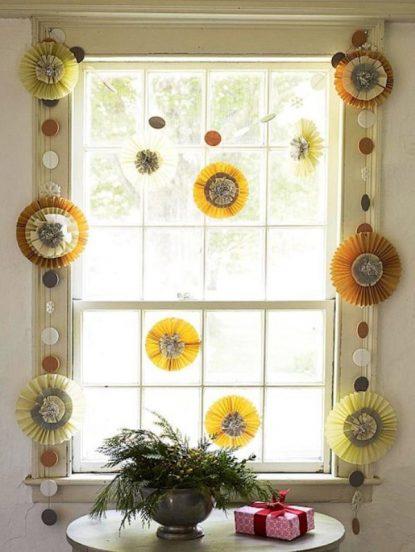 Самодельный декор окна