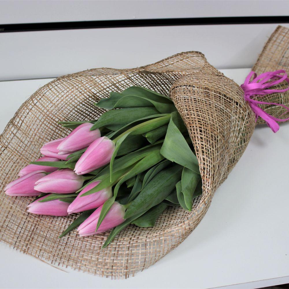 подборку как красиво упаковать тюльпаны своими руками фото символизирует