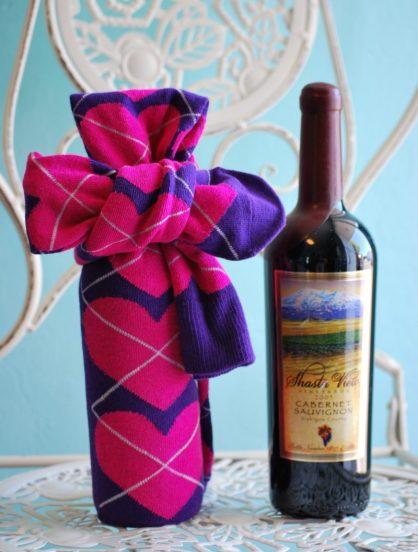 Бутылка вина в подарочной упаковке