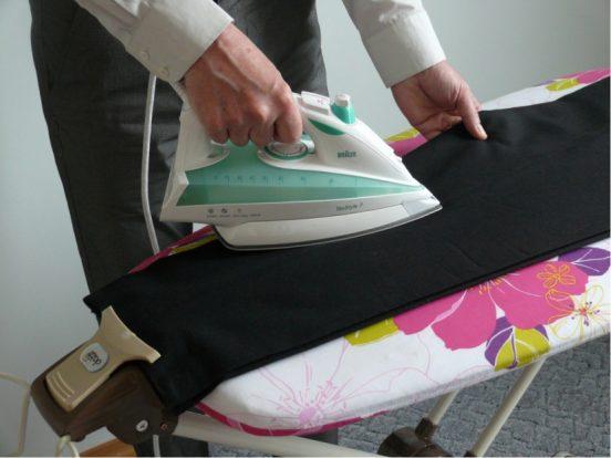 как погладить брюки чтобы стрелки долго держались