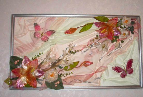Картина из искусственных цветов